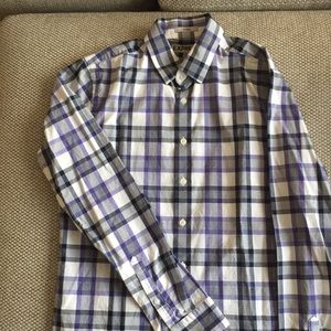 Casual Button Down Dress shirt size Small (fitted)
